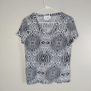 Two by Vince Camuto Black White Patterned Tee L
